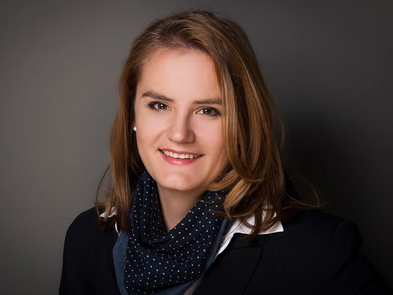 Alexandra Glößinger, Steuerberaterin in Fürth